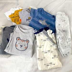 9 pieces of NEWBORN clothing 💙👶🏻ALL NEW👶🏻💙